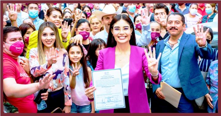 Recibe Geraldine Ponce acreditación como presidenta municipal electa de Tepic