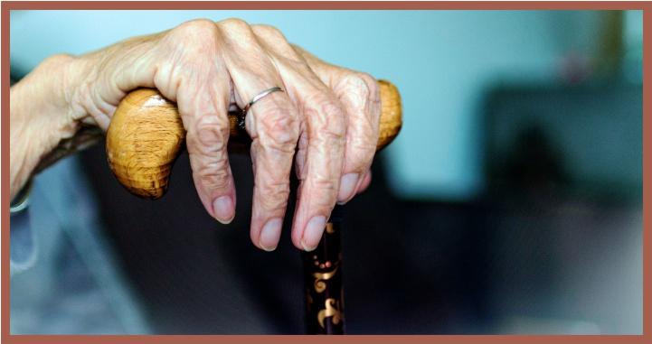 Terrible realidad: maltrato a los adultos mayores
