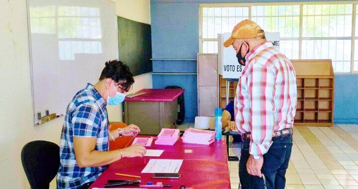 Personas de la tercera edad, la mayoría de los votantes por juicio a expresidentes