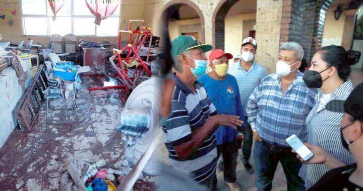 Ayuda Poder Legislativo a familias damnificadas sin colores y en campo